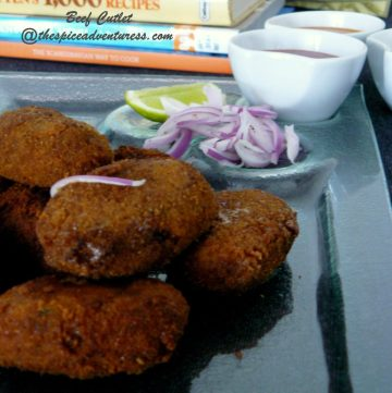 Beef Cutlet (Kerala style beef patties with onions and aromatics) - thespiceadventuress.com