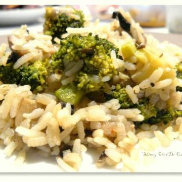 Broccoli Mushroom Rice - thespiceadventuress.com