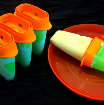 Mango Lassi 'Popsicles' – Guest Post from Feeding the Sonis - thespiceadventuress.com