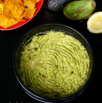 Byron Bay Guacamole - A Guest Post for Simplify.Create.Inspire - thespiceadventuress.com