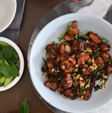 Stir Fried Chicken with Lime Leaves and Garlic - thespiceadventuress.com