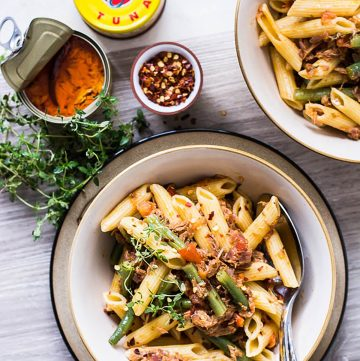 Penne with Tuna (in Chilli Oil) - thespiceadventuress.com