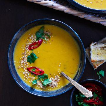 Scandinavian Pumpkin and Potato Soup - thespiceadventuress.com