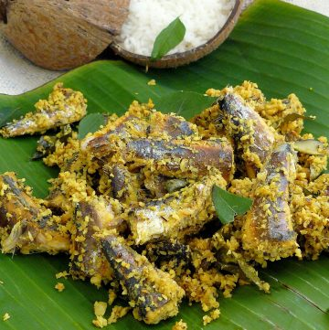 Meen Peera (Sardines with Grated coconut, green chillies and black kokum) - thespiceadventuress.com