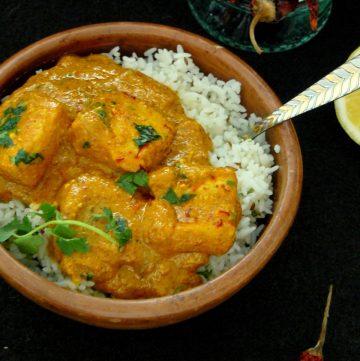 Hyderabadi Shahi Macchi Kurma (Fish in a Creamy, Saffron induced Yoghurt Curry) - thespiceadventuress.com