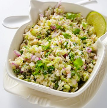 Crab Salad with Asian Herb Dressing - a light, refreshing and gorgeous salad - thespiceadventuress.com