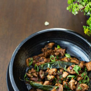 Chicken Stir fry (with Chilli, Garlic and Coriander) - simple and delicious - thespiceadventuress.com