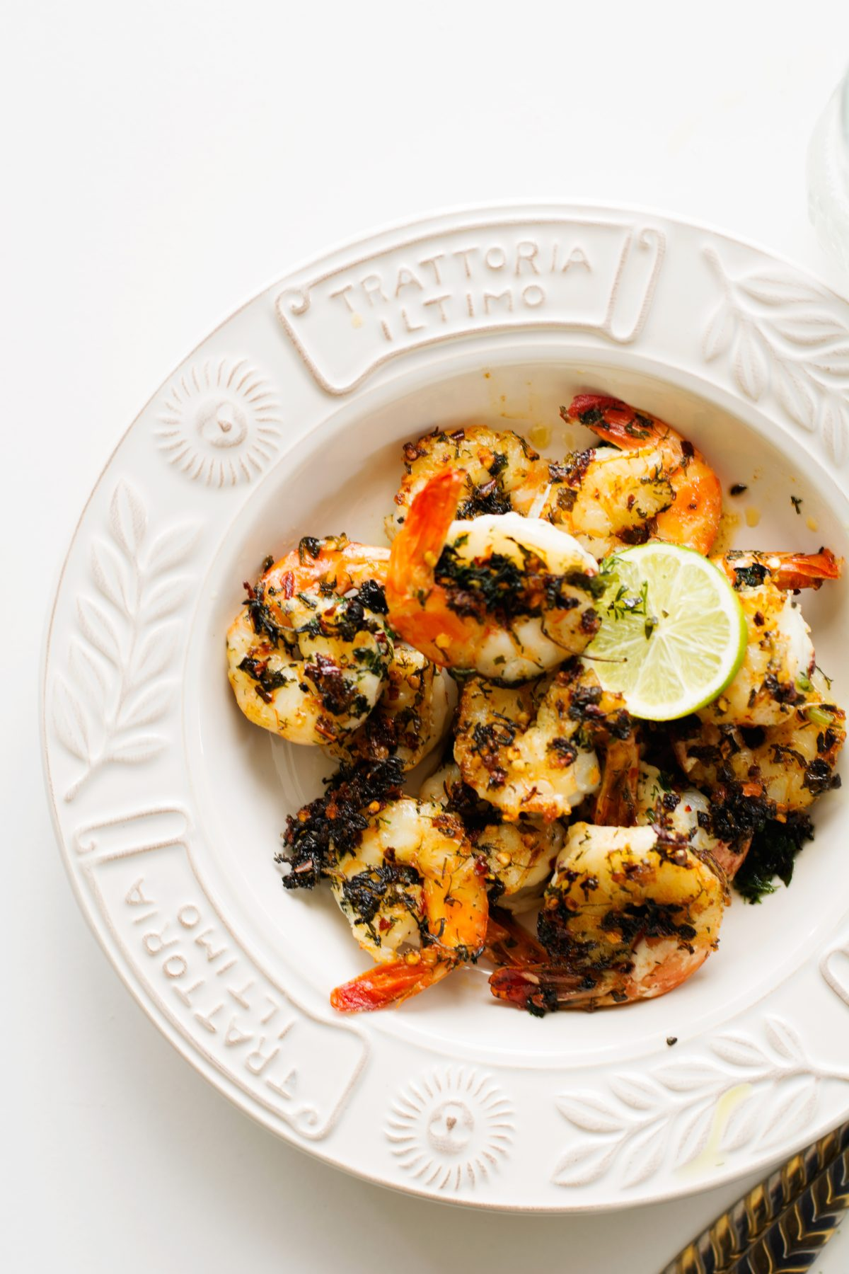 Grilled Prawns with Herbs and Chilli, simple and delicious - thespiceadventuress.com