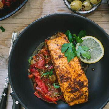 Pan fried Salmon with Peperonata - thespiceadventuress.com