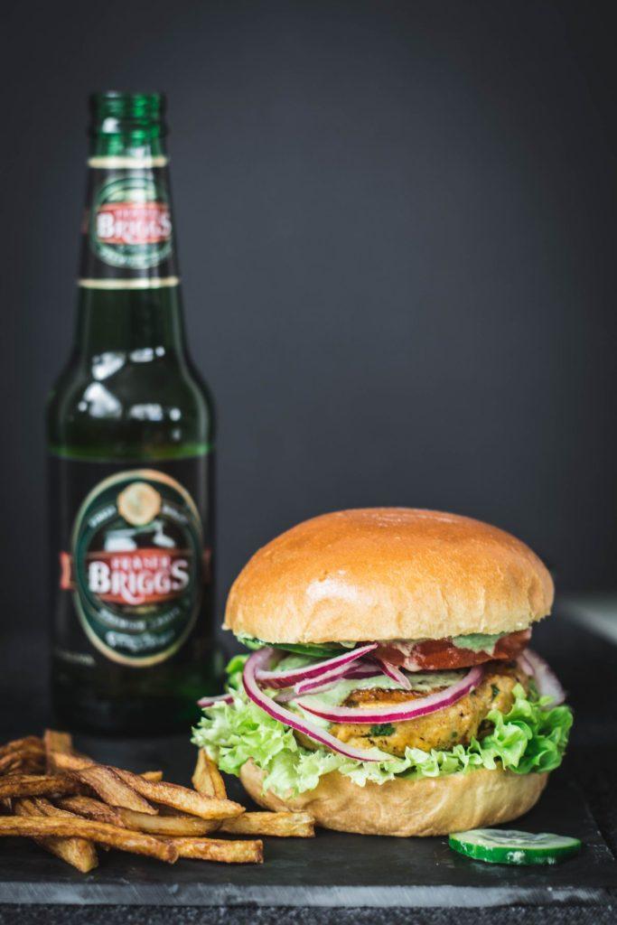 Tandoori Chicken Burger - thespiceadventuress.com