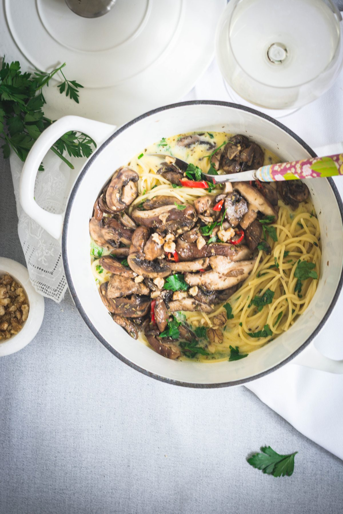 Spaghetti, Mascarpone Sauce, Mushrooms